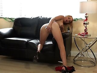 Long Legged Blonde Misha Mynx Is Playing Her Nasty And Insatiable...