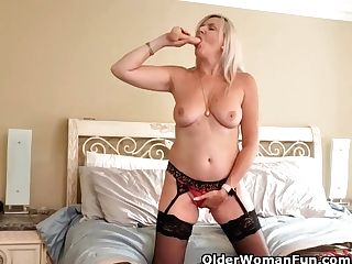 Canadian Cougar Velvet Skye Fucks Herself With A Fuck Stick