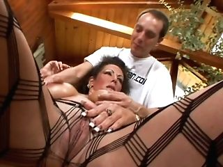 Well Stacked Dark-haired Matures Whore Anjelica Lauren Gets Her...
